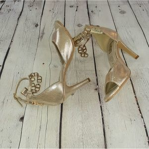 bnn Shoes Gold Ankle Strap Peep Toe Sandals Size 7